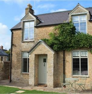 Steel windows provide subtle solution for Cotswold cottage