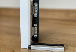 Painted hinge edge as standard from Entrance