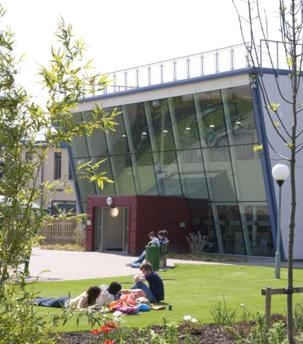 Pilkington shines light on learning