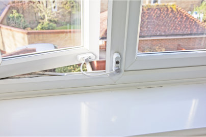 Studying the importance of window restrictors for landlords