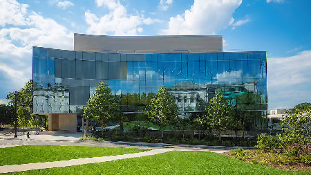 US University picks innovative products from leading UK glass manufacturer for new Hall of Science