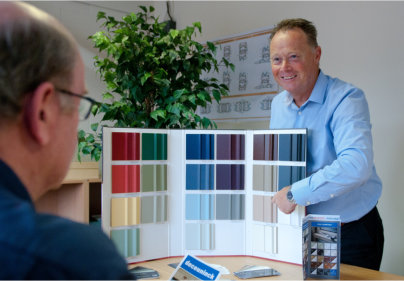 Tradesmith adds Deceuninck to open doors with colour and choice
