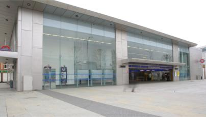 <br />The refurbishment of Shepherd's Bush Underground station uses 500m² of Pilkington Planar™.